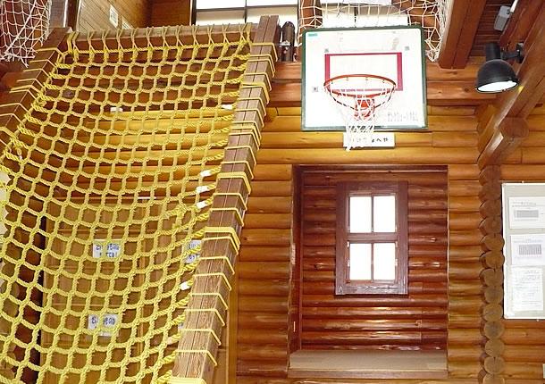 ネット階段の写真